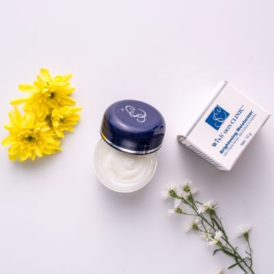 Skin Care Brightening Moisturizer 1 dsc09646_6